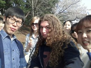 Believe it or not, It Djents is so huge in South Korea that Mr. Bruno really can't go anywhere without hordes of fans (mostly female, of course) crowding around him and begging for a photo. You can't go anywhere with this guy!!